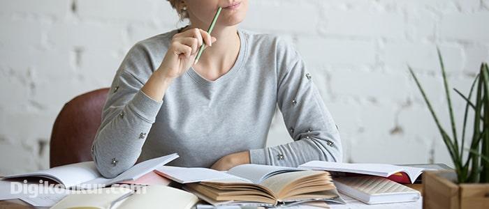 چگونه به درس خواندن عادت کنیم و از آن لذت ببریم ؟